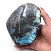 Labradorita colocando pedra