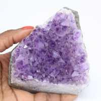 Pedaço de pedra ametista