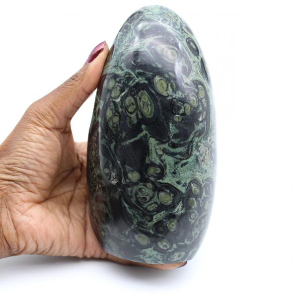 Pedra de jaspe kambaba polida