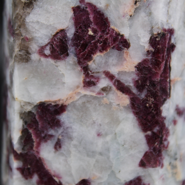 Prisma lepidolita