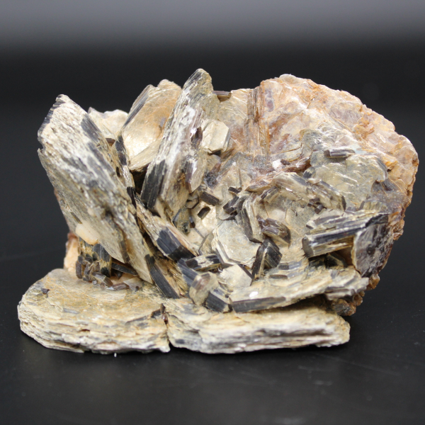 Grupo de cristais de mica